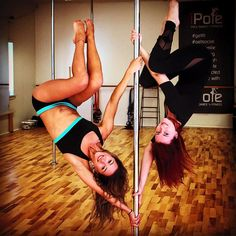 Sharing pole with Anastasia Skukhtorova :)