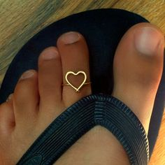Heart Toe Ring, would love to find a toe with cross with a heart wrapped around it...