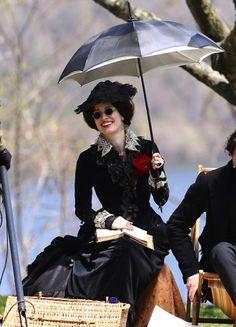 Jessica Chastain as Lady Lucille Sharpe on the set ofCrimson Peak (2014).