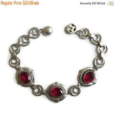 "❘❘❙❙❚❚ Spring Sale ❚❚❙❙❘❘     This is a really pretty Art Deco Red Rhinestones Bracelet with Silver Tone Links Vintage!   This Bracelet measures about 7"" long by 5/8"" wide ... #vintage #jewelry #fashion #ecochic #vogueteam"