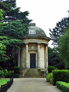 Leamington Spa, Jephson Gardens