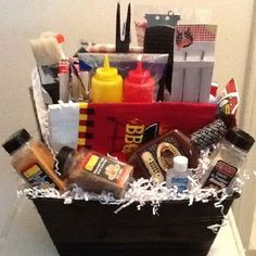 Grillin' Gourmet BBQ Gift Basket For the person who loves to ''Grill & Chill'', this is the gift! Includes a great selection of practical BBQ gift items lik Diy Father's Day Gift Baskets, Themed Gift Baskets, Fathers Day Presents, Bbq Gifts, Diy Father's Day Gifts, Father's Day Diy, Fundraiser Baskets, Raffle Baskets, Suppers