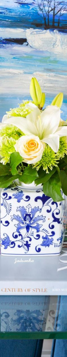 #delftblue #flowers #spring #summervibes #homedesign #Jadranka Design Your Dream House, House Design, Delft, Summer Vibes, Flower Arrangements, Dreaming Of You, Navy, Spring, Flowers