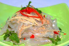 Gỏi cá mai: Món ngon của Nha Trang