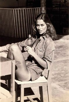 Lauren Hutton for the tan lines. (Photographed by Fred Seidman via Town & Country)