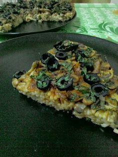 carbo: Pizza cu blat de spaghette.