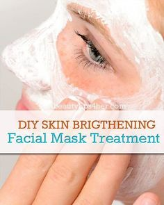 Soothe and Brighten Skin with This DIY Face Mask-DIY face mask to soothe and brighten your skin after you've had a little too much sun. This mask includes skin brightening and cooling ingredients that will leave you with gorgeous, dewy skin. Brown Spots On Skin, Moisturizer For Oily Skin, Dewy Skin, Skin Brightening, Good Skin, Sensitive Skin, Skin Care, Makeup Tips, Natural Teeth Whitening