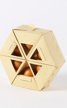 Folding Origami Cardboard Egg Container, Hex-Ogg-On, by Portuguese designer Gil Rodrigues.