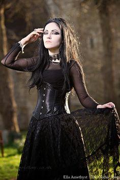 Le Blog Gothic Shop: Ella Amethyst - Trev Wordley - Clarisa Jupe