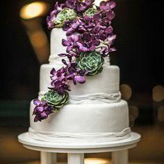 Wedding Photography Papagayo  #weddingphotography #costaricawedding #weddingcake