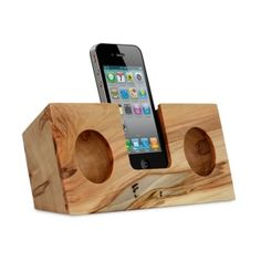 Amazing eco friendly, energy free iphone amplifier! This website is full of super cool products!! a MUST check out page!