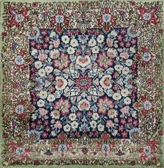 Antique Kerman Lavar Persian Rug, Country of Origin: Persia 2 ft 1 in x 2 ft 1 in (0.63 m x 0.63 m)