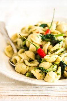 ORECCHIETTE CON CIME DI RAPA (Puglia) #Italy #food #italian