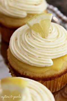 Lemon & Vanilla Cupcakes