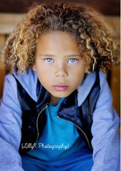 Want to know what this adorable curly cutie uses to keep his curls looking so good?