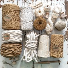 Jute Crafts, Diy Home Crafts, Resin Crafts, Macrame Art, Macrame Design, Macrame Supplies, Crochet Basket Pattern, Macrame Patterns, Basket Weaving