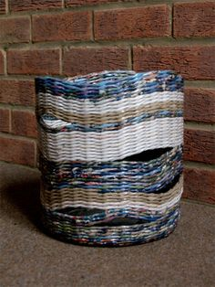 Recycled paper basket hand weaved by BluReco http://blureco.blogspot.co.uk/2013/11/ze-smieci-na-smieci.html