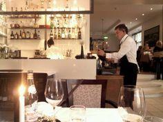 Ribe tarjoaa paikallisia herkkuja eurooppalaisella tvistillä. Erinomainen viinilista. Ravintola on tunnettu myös hyvästä palvelusta. Kesällä ulkoterassi.