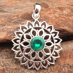 Geeks, Emerald Jewelry, Emerald Gemstone, Ethnic Jewelry, Diamond Jewelry, Steampunk, Handmade Silver Jewellery, Pendant Design, Pendant Jewelry