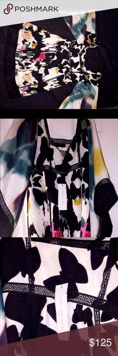 Diane Von Furstenberg Kimono Dress Butterfly colorful print with lace trim. Kimono sleeves. Knee Length. NEVER WORN Diane von Furstenberg Dresses Midi