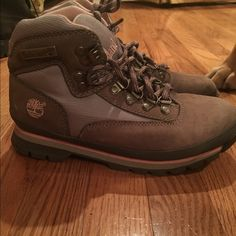 Timberland pink and grey!! Great condition Timberland Shoes