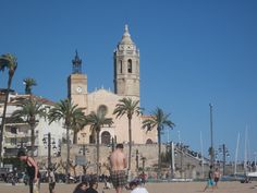 sitges, spain - take me back!!! Sitges, Great Places, Beautiful Places, Kingdom Of The Netherlands, Vatican City, Belize, Jamaica, Places To Travel, Egypt