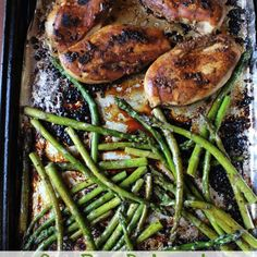 Slightly tangy and sweet hints from the balsamic vinegar with fresh garlic, chicken baked to perfection, with a roasted asparagus in one pan that makes this One Pan Balsamic Chicken and Asparagus dish that is a family pleaser.