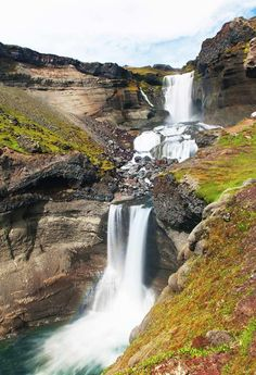 You do not have to look very far for waterfalls in Iceland, they are everywhere! Click through to see 15 of the best waterfalls in Iceland.