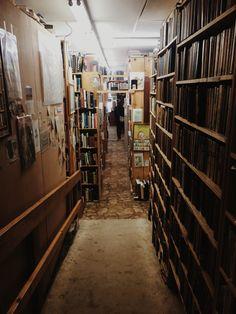 #vsco #vscocam #book #bookstore #hallway #bookshelves #shelf #fayetteville #arkansas