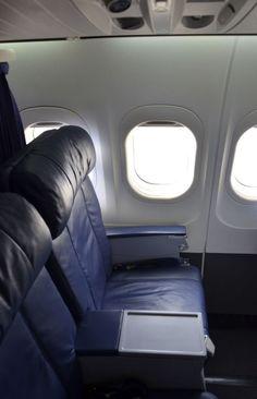 Kahului Airport, Kauai Map, Honolulu International Airport, Airplane Interior, First Class Seats, Hawaiian Airlines, Cabin Interiors, Viajes, Places