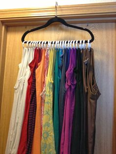 tank top organizer BitznGiggles: DIY Accessory Storage