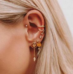 Are Your Trendy Ear Piercings Helping You On A Wellness Level? Are Your Trendy Ear Piercings Helping You On A Wellness Level? Ear Jewelry, Cute Jewelry, Body Jewelry, Jewelery, Jewelry Accessories, Tragus Jewelry, Jewellery Earrings, Trendy Jewelry, Silver Jewellery