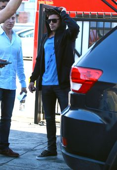 Zac Efron Caught Out To Lunch In West Hollywood After Wild Sex Weekend With Michelle Rodriguez - http://oceanup.com/2014/07/23/zac-efron-out-to-lunch-in-west-hollywood-after-wild-sex-weekend-with-michelle-rodriguez/