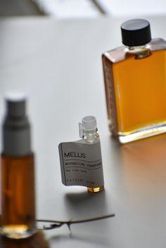 MELLIS - Natural Botanical Perfume - The Honey Water – GATHER Honey Shampoo, Honey Bee Hives, Perfume Samples, Natural Honey, Elderflower, Spice Blends, Orange Blossom, Honeycomb, Vegan Perfume