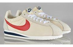 Nike Cortez Nike Sweatpants, Nike Hoodie, Nike Inspiration, Sneakers Fashion, Sneakers Nike, Nike Boots, Nike Classic Cortez, Air Jordan Shoes, Nike Outfits