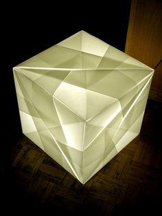 Diagram by Mitsunobu Sonobe. Folded by me. Sonobe Variation. 6 Modules. Transparency Paper.