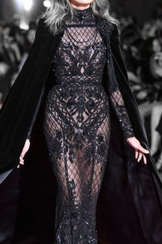 Alternative fashion and inspiration — Zuhair Murad Haute Couture Fall 2016 Haute Couture Style, Couture Mode, Couture Fashion, Runway Fashion, High Fashion, Fashion Show, Fashion Design, Zuhair Murad, Costume