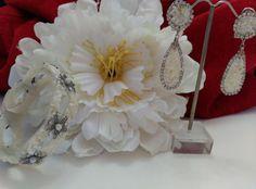 Rocío Luna Complementos, pendientes y brazalete de novia en nácar