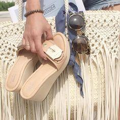 Summer days = a little light reading via @thecitydossier + the perfect #drschollsshoes sandals.