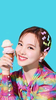 Twice Nayeon Happy Happy Kpop Girl Groups, Korean Girl Groups, Kpop Girls, Twice Korean, Foto Casual, Nayeon Twice, Mnet Asian Music Awards, Twice Kpop, Fandom