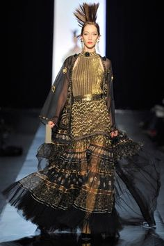 Jean Paul Gaultier Spring 2011 Couture Fashion Show - Alana Zimmer (Elite) Couture Mode, Couture Fashion, Runway Fashion, Fashion Photo, Fashion Art, High Fashion, Fashion Design, Female Fashion, Christian Dior