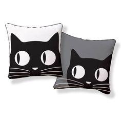 Hand-silkscreened pillows #CraftInspiration