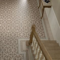 Bodenfliese Equipe Caprice Dekor Liberty taupe 2020 cm Entryway and Hallway Decorating Ideas Bodenfliese Caprice Dekor Equipe Liberty taupe Tiled Hallway, Beton Design, Sweet Home, Hallway Decorating, Tile Patterns, Home Decor Inspiration, Wall Tiles, Tile Floor, Diy Home Decor