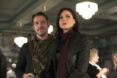"""'Once Upon a Time' season 3 finale: """"Snow Drifts/There's No Place Like Home"""""""