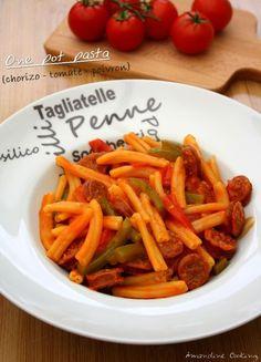 Je vous avez déjà parlé du concept du one pat pasta dans ma recette aux tomates cerise, basilic ail et oignon, qui consiste à cuire tous les ingrédients dans une seule et même casserole. Un gain de temps et de vaisselle considérable ! Mais aussi une nouvelle...