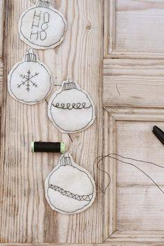 Unique Easy To Make Handmade Felt Christmas Ornaments - Pillar Box Blue Homemade Christmas Decorations, Country Christmas Decorations, Holiday Crafts For Kids, Christmas Tree Trimming, Felt Christmas Ornaments, Christmas Crafts, Minimal Christmas, Christmas Love, Handmade Christmas