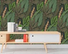 Upgrade your walls with this elegant Tropical Leaves Wallpaper adding an exclusive touch to your personal style and surprise your family and friends. Temporary Wallpaper, New Wallpaper, Fabric Wallpaper, Self Adhesive Wallpaper, Tropical Decor, Tropical Leaves, Cool Patterns, Textured Walls, Floating Nightstand