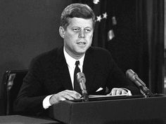 The US Senate decided to establish a commission to honor President John F. Kennedy on the 100th anniversary of his birth.