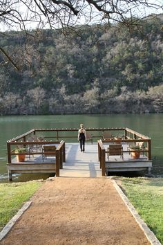 Do you ever just need to getaway for a couple of days and reboot? I do and I just got the opportunity to do so at the Lake Austin Spa Resort. Austin Resorts, Arizona Resorts, Horseshoe Bay Resort, Lake Villa, Island Resort, All Inclusive Resorts, Water Slides, What To Pack, Weekend Trips