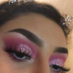 makeup 2018 tutorial eye makeup suits me eye makeup remover is the best makeup and conjunctivitis eye makeup cause red eyes makeup with glitter makeup eyeshadow makeup no eyeliner Eye Makeup Glitter, Pink Makeup, Cute Makeup, Glam Makeup, Pretty Makeup, Makeup Inspo, Eyeshadow Makeup, Makeup Inspiration, Eyeshadows